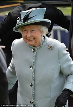 Queen Elizabeth, June 1, 2013   The Royal Hats Blog