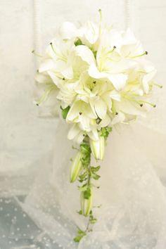 一会定期レッスン9月 コスモスと実ものと秋の草花のクラッチブーケ : 一会 ウエディングの花 Saffron Flower, Flower Bouquet Wedding, Glass Vase, Bridal, Ideas, Decor, Engagement, Home, Decoration