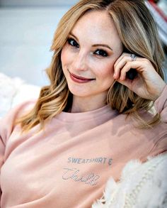 Tomorrow is the LAST DAY to Pre-order my new favorite ⭐️ Sweatshirt & Chill ⭐️ limited edition sweatshirt! Get it while it's Chilly! Caroline Forbes, Klaus And Caroline, Sweet Caroline, Vampire Diaries Wallpaper, Vampire Diaries Funny, Vampire Diaries The Originals, Candice Accola, Louisiana, Candice King