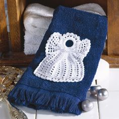 Leisure Arts - Angel Applique Thread Crochet Pattern ePattern, $2.99 (http://www.leisurearts.com/products/angel-applique-thread-crochet-pattern-digital-download.html)