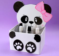 This one looks really fun craft project💞Check out website for a step-by-step guide on how to make this DIY panda decor✨ Cd Crafts, Diy Crafts Hacks, Diy Crafts For Gifts, Cardboard Crafts, Diy Home Crafts, Diy Arts And Crafts, Craft Stick Crafts, Bottle Crafts, Creative Crafts