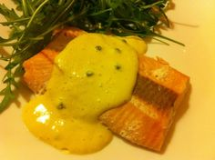 Salmone al pepe verde