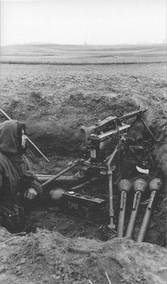 """ostfeldzug: """" A member of the Kriegsmarine Naval Infantry Division mans an in a defensive position near the town of Zehden (now Cedynia, Poland). Military Weapons, Military Art, Military History, Ww2 Pictures, Ww2 Photos, German Soldiers Ww2, German Army, Mg34, Germany Ww2"""