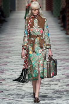 Stylish, beautiful and sporty all weather coat on walk the runway FW. Trench coat by Gucci...Fabulous!