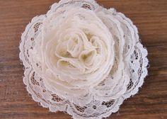 Beautiful lace flowers // Tutorial by Amanda @ DIY Bride