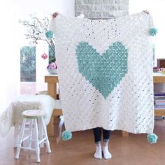 How to make a chunky heart corner-to-corner crochet blanket @ Redagape blog