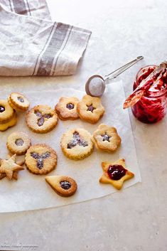 linzer cookies easy and delicious, loaded with jam and dusted with powdered sugar. A must-bake for holidays ,why not roll a batch. Linzer Cookies, Christmas Biscuits, Almond Recipes, Powdered Sugar, Gem, Rolls, Baking, Holiday, Desserts
