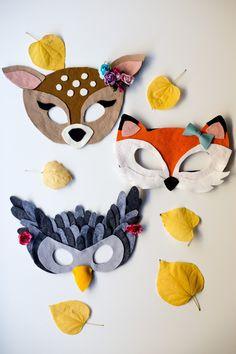 Free Felt Animal Mask Patterns by Anne Weil of Flax & Twine #feltanimalspatternstemplates