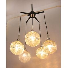 Vintage cascade pendant light with clear glass globes / Working condition / 5 arms / Atomic era chandelier / Space age / Sputnik