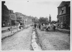 Groningen<br />De stad Groningen: Het Boterdiep tijdens het uitvoeren van bestratingswerken i.v.m. het leggen van tramrails in 1925