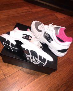 Chaussures De Marque, Vêtements Femmes, Marques De Baskets, Chaussures  Nike, Chaussures Chaussures d1836921e3e