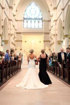 Com quem será? - para as noivas que não podem entrar com o pai no casamento