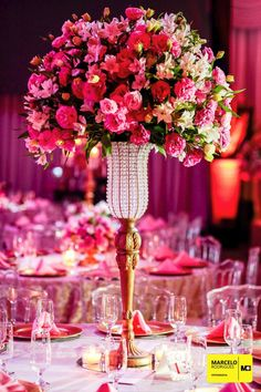 Festa de 15 anos Our Wedding, Dream Wedding, Dream Party, Wedding Venues, 18th Debut Ideas, Sweet 16 Birthday, Pink Centerpieces, Reception Decorations, Flower Arrangements