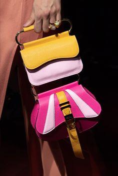 Peter Pilotto | Accessorio del giorno Primavera Estate 2020 | Vogue Italia Edgy Shoes, Vogue, Unique Purses, Cute Handbags, Peter Pilotto, Summer Bags, Spring Summer, Mannequins, Hermes Kelly