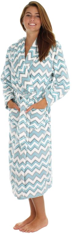 "PajamaMania fleece robes are made of plush thick fleece that will keep you warm all winter long - Fleece - Long sleeve - Shawl collar - Inner tie - Detachable outer belt - Front pockets - 48"" long - M"