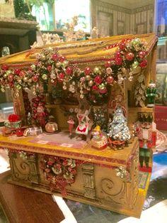 A golden Christmas miniature by Bridget McCarty