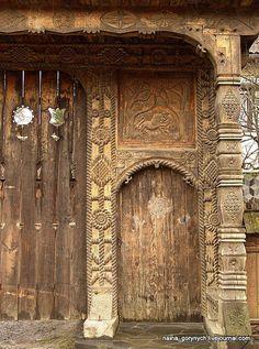 Door Knockers, Door Knobs, Door Handles, Heaven's Gate, Cool Doors, Wood Stone, Dream Art, Painted Doors, Stone Carving