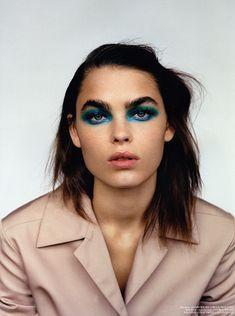 Bambi Northwood Blyth for self service magazine by Alasdair McLellan/blue eye makeup Makeup Inspo, Makeup Art, Hair Makeup, Eye Makeup, Makeup Style, Makeup Geek, Makeup Ideas, Makeup Tips, Beauty Make-up