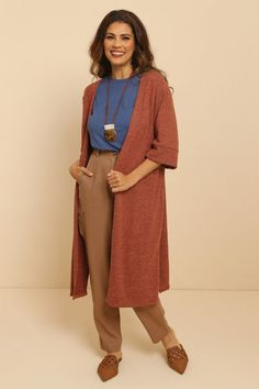 Look Boho Chic, Pose Reference, Duster Coat, Kimono, Sweaters, Cardigans, Comfy, Street Style, Poses