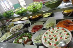 Pesquisa elege os melhores restaurantes a quilo em Florianópolis