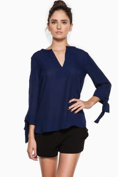 Karlie Blouse in Navy