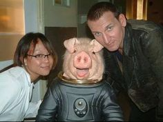 Christopher Eccleston, Naoko Mori, and Jimmy Vee in Doctor Who Doctor Who Cast, Doctor Who 2005, Ninth Doctor, First Doctor, Naoko Mori, Love Me Better, Christopher Eccleston, Torchwood, David Tennant
