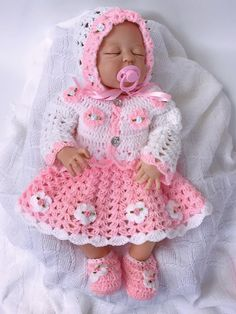 Cutencuddlyoutfits is proud to present a stunningly beautiful baby girl dress that will leave you mesmerised. Your little Princess is bound to be the centre of attraction in this one of a kind flower baby dress. This listing is for pink baby dress in Newborn/0-3 months to 18-24 months. This dress will make an heirloom dress to be passed on for generations. Will make a great baby shower/ baby girl gift/ birthday/ Easter/ Christmas/ Party/ Evening dress.  This...