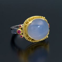 Zaffiro oxidized sterling silver 22kt gold ring chalcedony spinel sapphire