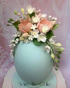 Easter Egg with sugar flowers Clay Flowers, Sugar Flowers, Easter Egg Crafts, Easter Eggs, Easter Egg Designs, Egg Art, Easter Celebration, Egg Decorating, Vintage Easter