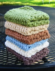 Just Make It: Handmade By Annabelle: 7 Easy Steps to Make a Crochet Washcloth - Free Crochet Pattern: Not Your Grandma's Crochet Dish Cloths
