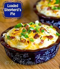 Shepherd's Pie ~ Named by the uploader. However, it is more like Cottage Pie, which contains beef, Shepherd's Pie is made with Lamb. Pie Recipes, Great Recipes, Dinner Recipes, Cooking Recipes, Favorite Recipes, Healthy Recipes, Shrimp Recipes, Crockpot Recipes, Gourmet