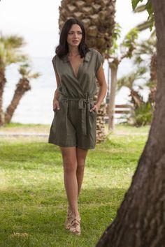7ded30fedf0 Diabless - Γυναικεία νεανικά ρούχα, φορέματα, t-Shirts, κολάν, Jackets,  Tops   diabless.gr