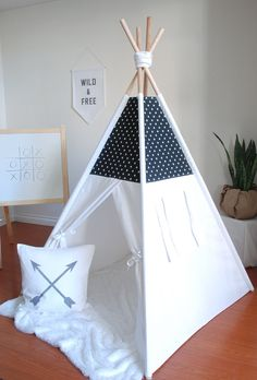 Black and White Mini Print Swiss Cross Canvas Teepee, Play Tent, Kids Teepee, Childrens Teepee, Teepee Tent, Tipi, Playhouse, Large Teepee