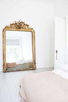 Home Decor Living Room .Home Decor Living Room Decoration Inspiration, Interior Inspiration, Decor Ideas, Style Inspiration, Home Decor Bedroom, Modern Bedroom, Mirror Bedroom, Bedroom Ideas, Minimal Bedroom