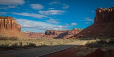 Time always flies on vacation! On most trips, there are more things to do than time allows. It can be really hard to narrow down the to-do list! In Moab, Utah, you can't help but face this dilemma! Nestled near 2 National Parks, the Colorado River, and some of the best rock terrain in the … Read more Breathtaking Drive to the Needles in Canyonlands National Park
