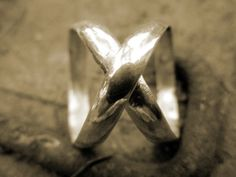 Cross X double Ribbon Ring Size 7 by joebobleigh on Etsy, $29.00