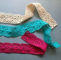 mmmcrafts: fall fabric and pretty crochet trims