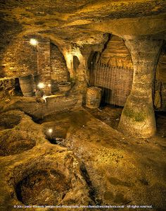 Mary Ann Bernal: The Wizard of Notts Recommends: The Caves of Nottingham Nottingham Caves, Nottingham Castle, Travel Around The World, Around The Worlds, Castles In England, Underground Cities, Ancient Buildings, England And Scotland, Mayan Ruins