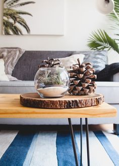 There are tons of ways to add an element of nature to your home decor! From wall finishes and even wall artworks, here are our top decor tips on how to bring in natural elements to your home design.