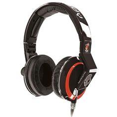 Skullcandy Mix Master Headphones with DJ Capabilities and 3 Button Mic, NBA Miami Heat Skullcandy Headphones, Gaming Headphones, Gaming Headset, Over Ear Headphones, Razer Mouse, Nba Merchandise, Nba Miami Heat, Dj, Chicago Bulls