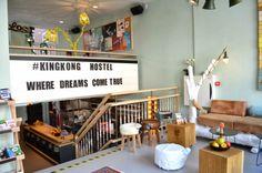 Rotterdam: Hotspot King Kong Hostel-op de gezellige Witte de With straat - de privé kamers vanaf 35 euro zijn een leuke optie om te onthouden voor een weekendje weg