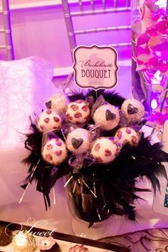 Cute and delicious #cake pops for a #bachelorette party