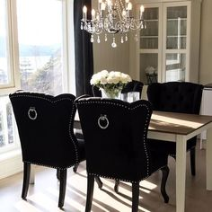 #Repost @melissa__home   #myhome #interior #interiores #interiors #interior444 #interior123 #details #chairs #diningroom #classicliving #black #decor #chandalier #kitchen #interiorinspo #interior125 #interiordetails #finehjem #interior4you #instapic #instalike #instagood #instamood #instaphoto #instahome #photo #photography