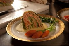 Chou farci au saumon braisé aux petits lardons recipe by Daniele Mazet Delpeuch