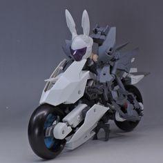 Embedded Soldado Universal, Anime Motorcycle, Frame Arms Girl, Robot Concept Art, Alien Art, Anime Dolls, Motorcycle Design, Art Model, Plastic Models
