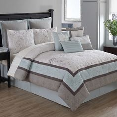 Shop for Arianna 10-piece Comforter Set with 4 Decorative Accent Pillows. Get free shipping at Overstock.com - Your Online Fashion Bedding Outlet Store! Get 5% in rewards with Club O!