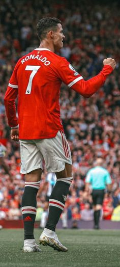 Cristiano Ronaldo Style, Cristiano Ronaldo Manchester, Cristano Ronaldo, Ronaldo Football, Cr7 Wallpapers, Sports Wallpapers, Neymar, Cristiano Ronaldo Wallpapers, Manchester United Legends