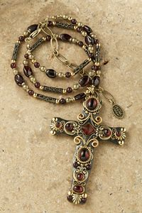 Gold and Garnet Crystal 3 Cross Pendant - Cross pendant is rich with garnets accented with gold settings and gold scroll work. This exquisite combination makes this pendant a stunning addition to your collection. Wire Wrapped Jewelry, Wire Jewelry, Boho Jewelry, Antique Jewelry, Beaded Jewelry, Jewelery, Vintage Jewelry, Handmade Jewelry, Jewelry Design