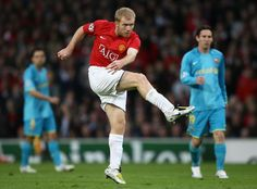 Watch video of Andy Cole, George Best, Cristiano Ronaldo, Paul Scholes and Wayne Rooney scoring in European Cup and Champions League semi-finals for Manchester United.