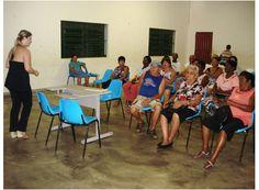 Cras Penha realiza atividades mensais com população http://www.passosmgonline.com/index.php/2014-01-22-23-07-47/geral/2856-cras-penha-realiza-atividades-mensais-com-populacao